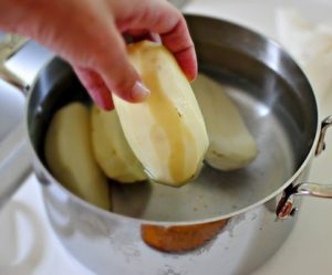 Замачивание картофеля перед варкой
